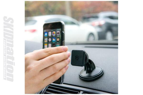 Universal magnetic phone-mount Mazda MX-5 Miata 2